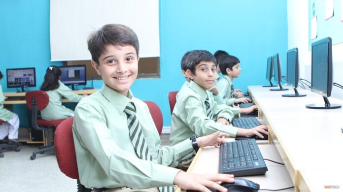 Students in First Smart School